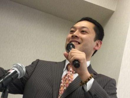 ひまわり中央整骨院高橋洋平先生